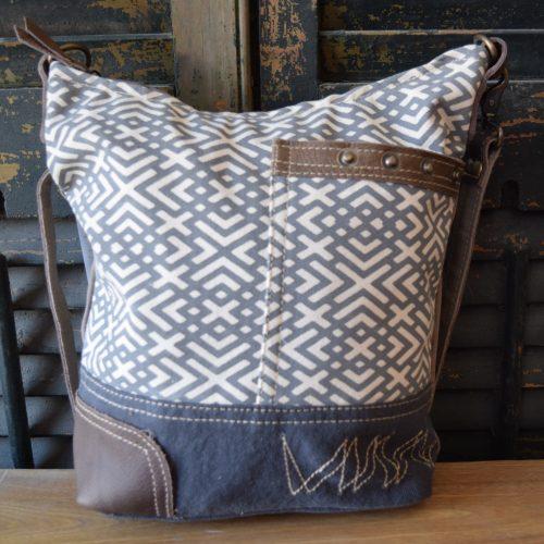 Crossbody Zigzag Shoulder Bag